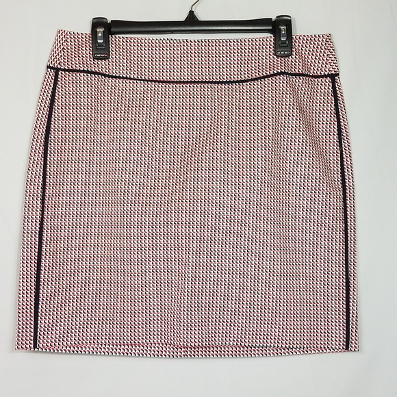 Ann Taylor Dresses & Skirts - Ann Taylor Pencil Skirt Patterned Size 8 New G12